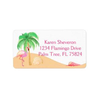 Rosa Flamingo på adressetiketter för en strand