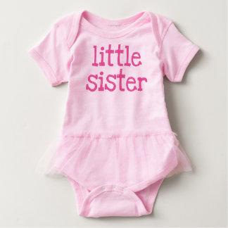 Rosa för text syster lite tshirts