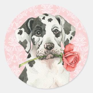 Rosa great dane för valentin runt klistermärke