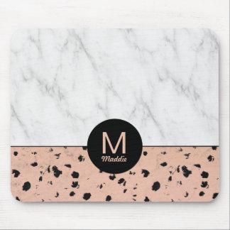 Rosa guld- och marmormönster för snyggt med musmatta