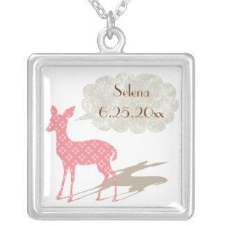 Rosa halsband för minnessak för Bambi