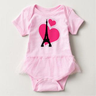 rosa hjärtakärlekEiffel torn T Shirt