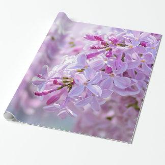Rosa lilablommor presentpapper