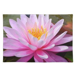 Rosa lilja bordstablett