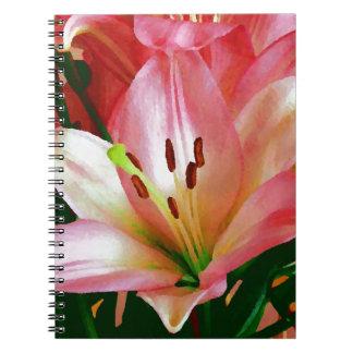 Rosa lilja vid Kat Anteckningsbok Med Spiral