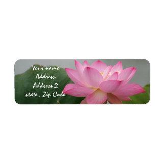 Rosa lotusblommablommar returadress etikett