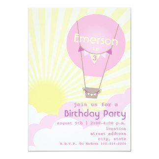Rosa luftballongbarns födelsedagparty inbjudningskort