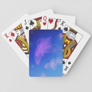 Rosa manetar i blåttvatten spel kort