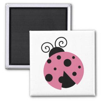 Rosa nyckelpiga magnet