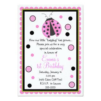 Rosa nyckelpigafödelsedaginbjudningar 12,7 x 17,8 cm inbjudningskort