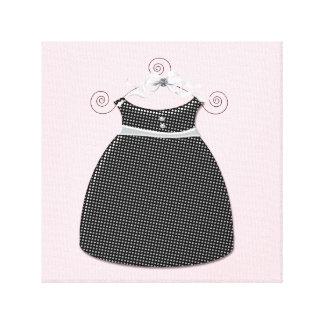 Rosa och svart flicka för nyckfull klänning canvastryck