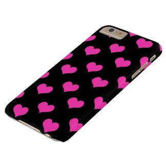 Rosa och svart mönster för gulliga hjärtor barely there iPhone 6 plus fodral