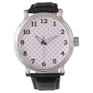 Rosa polka dots med anpassadebakgrund armbandsur