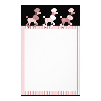 Rosa pudlar på paradbrevpapper brevpapper