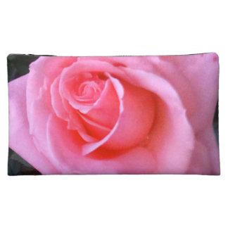 Rosa rosflower powerskönhetsmedlet hänger lös