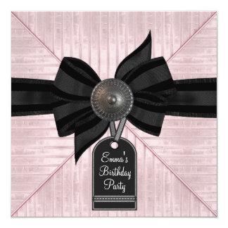 Rosa svart kvinna födelsedagsfest fyrkantigt 13,3 cm inbjudningskort
