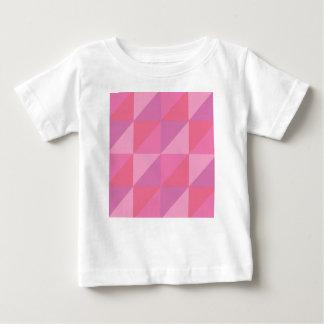 Rosa trianglar tröjor