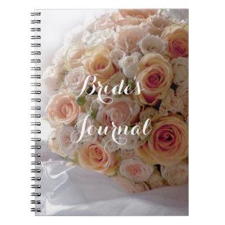 Rosa vitbrudar för lantlig persika som gifta sig anteckningsbok