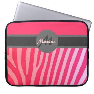 Rosa zebra ränderanpassadelaptop sleeve datorfodral