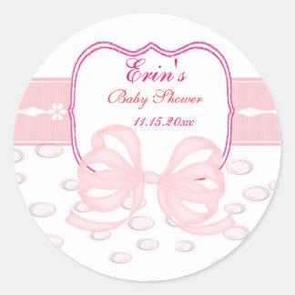 Rosapilbågen och bubblar baby shower runt klistermärke