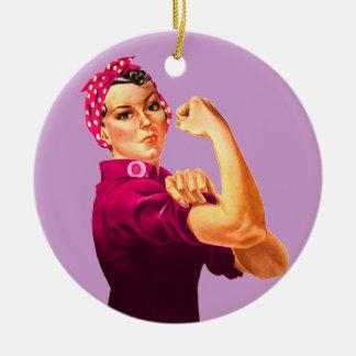 Rosie riveteren - cancerrosa rund julgransprydnad i keramik
