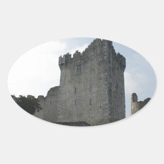 Ross slott, Killarney, Irland Ovalt Klistermärke