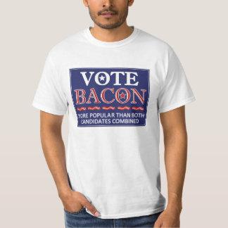 Rösta bacon.  Lätt populärare än politics. T Shirt