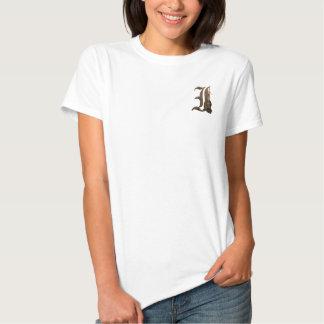Rostiga riddare märka med sina initialer I T-shirts