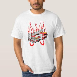Rött avfyra lastbilen t-shirt
