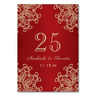 Rött och guld- indiskt stilbröllop numrerar bordsnummer