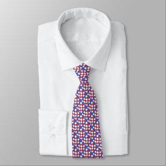 Rött och vit kvadrerar på blått slips