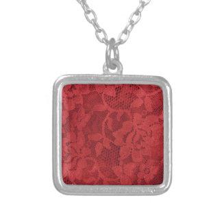Rött snöre silverpläterat halsband