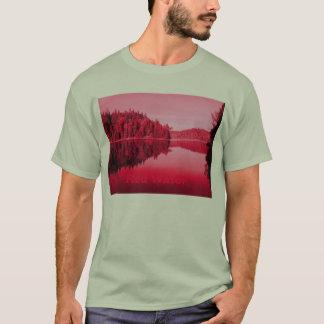 Rött vatten tee shirts