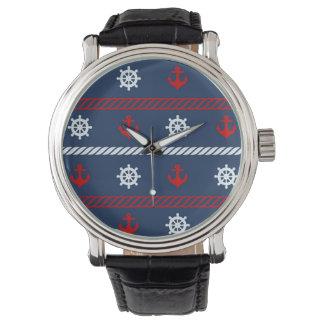 Rött vit- och blåtthavmönster armbandsur