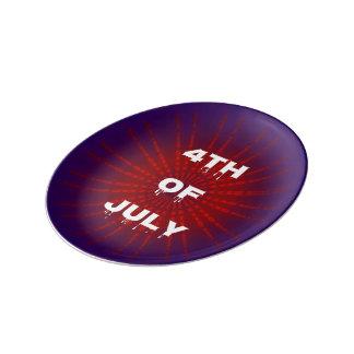 Rött vitt blått patriotisk 4th av den Juli helgdag Tallrikar I Porslin