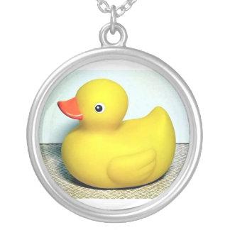 Rubber Duckie Halsband Med Rund Hängsmycke