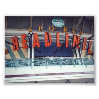 Rubriksportar som puben undertecknar Niagara, cent Fotografier