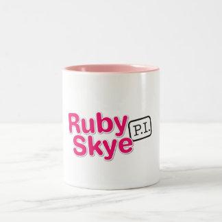 Ruby Skye P.I. Råna Två-Tonad Mugg