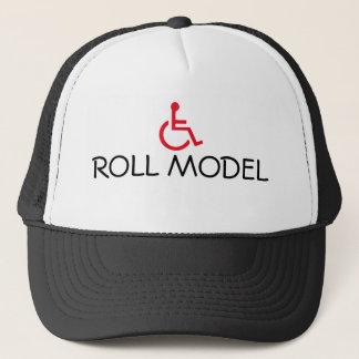 Rulle modellerar rullstolen handikapp truckerkeps