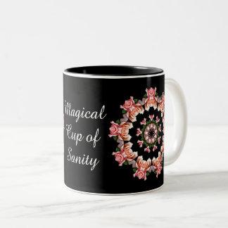 Runda av rosa ros - Magical kopp av Sanity Två-Tonad Mugg