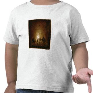 Ryttare och gångare som passerar till och med ett  tröja