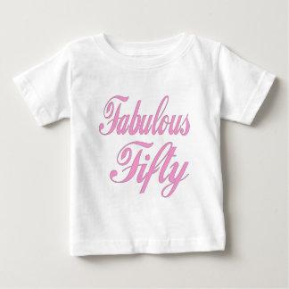 Sagolika femtio 50th födelsedaggåvor tee shirts