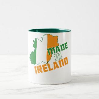 Saint patrick's day som göras i den Irland T-tröja Två-Tonad Mugg