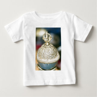 Sakral tibetan prydnad t-shirts