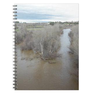 Salinasflodnorden av veteranminnesmärken anteckningsbok