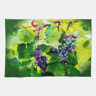 cluster of grapes kitchen towel 2017gr