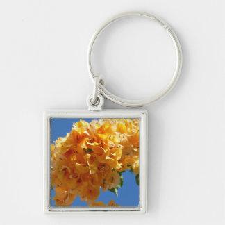Samla i en klunga av guld- Bougainvillea Fyrkantig Silverfärgad Nyckelring