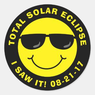 Sammanlagd sol- förmörkelsecoolasmiley face runt klistermärke