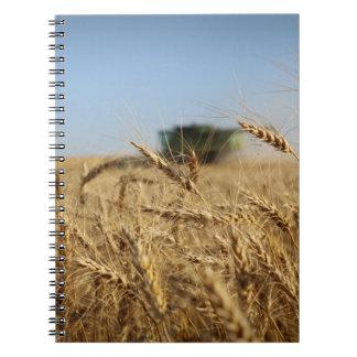 Sammanslutning i vetefält anteckningsbok med spiral