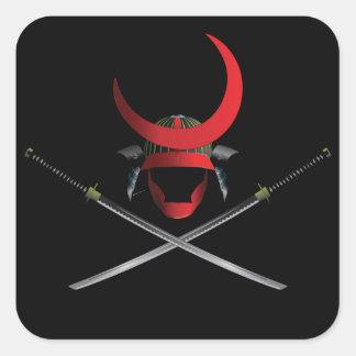Samuraihjälm och svärd fyrkantigt klistermärke